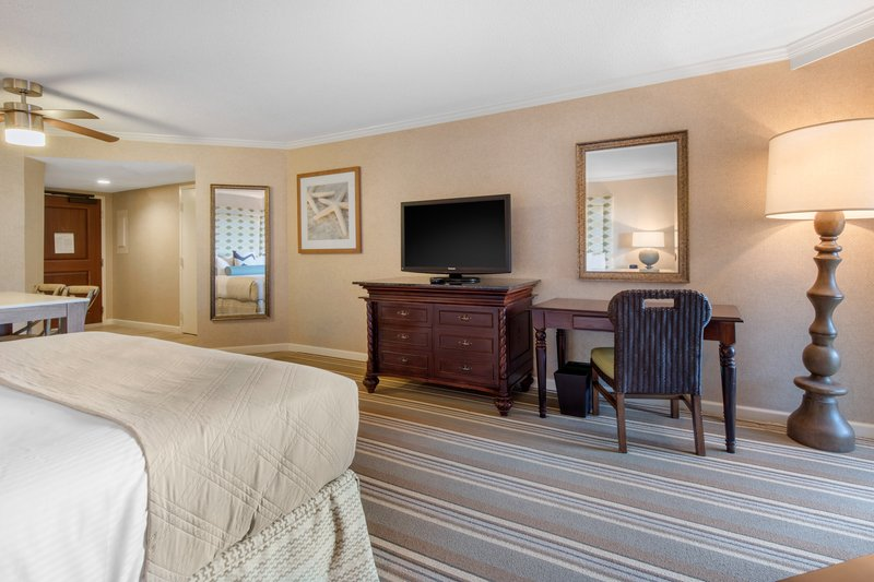 Omni Hilton Head Oceanfront Resort-Accessible Resort View Room King<br/>Image from Leonardo