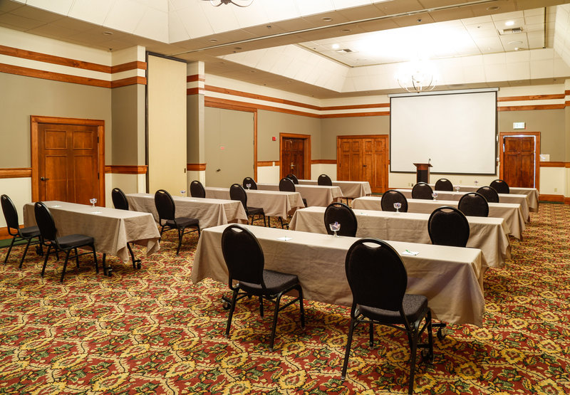 Holiday Inn West Yellowstone-Classroom style meeting at the Holiday Inn West Yellowstone<br/>Image from Leonardo