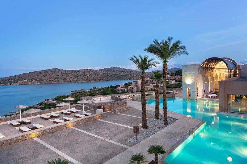 Blue Palace; a Luxury Collection Hotel-Arsenali Lounge<br/>Image from Leonardo