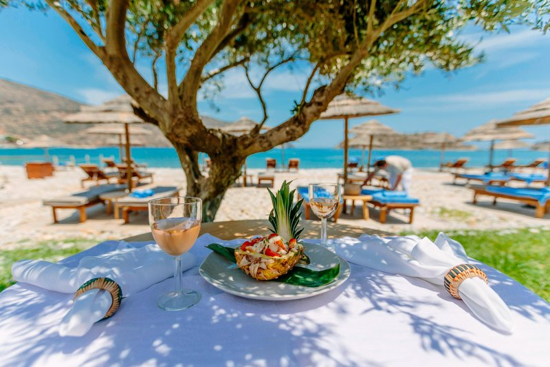 Blue Palace; a Luxury Collection Hotel-The Isola Beach Club<br/>Image from Leonardo