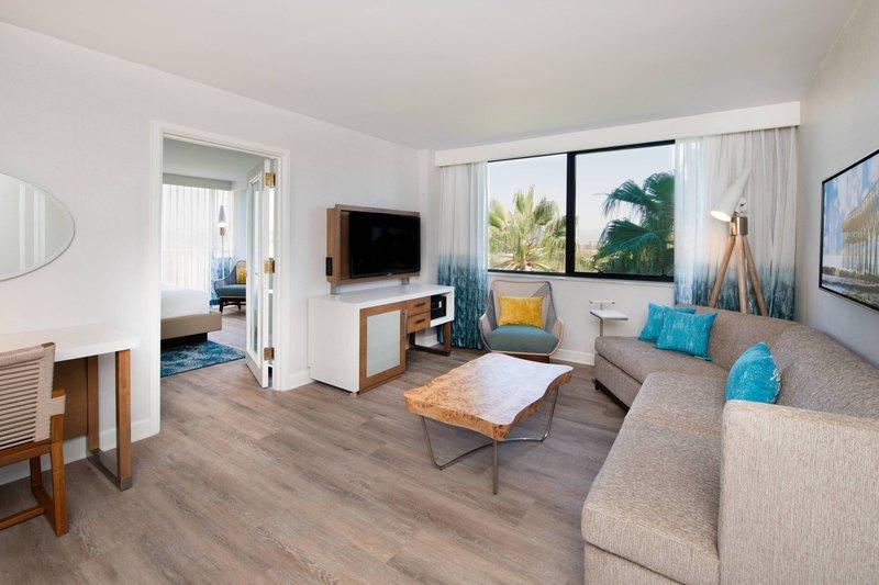Renaissance Newport Beach Hotel-Executive Suite<br/>Image from Leonardo
