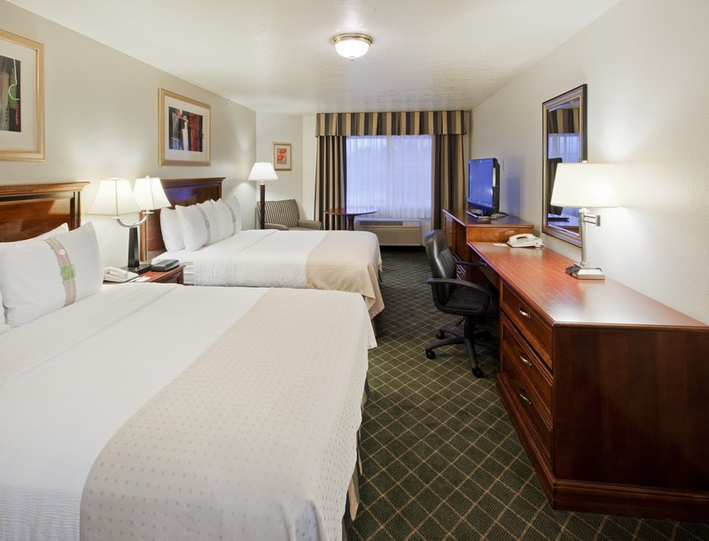 Holiday Inn Redding-Double Bed Guest Room<br/>Image from Leonardo