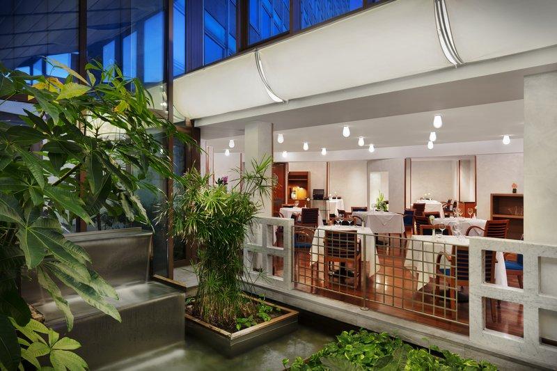 Crowne Plaza Milan - Linate-Restaurant<br/>Image from Leonardo