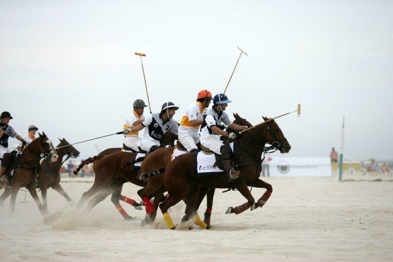 Holiday Inn Express Poole-Beach Polo at Sandbanks Beach<br/>Image from Leonardo
