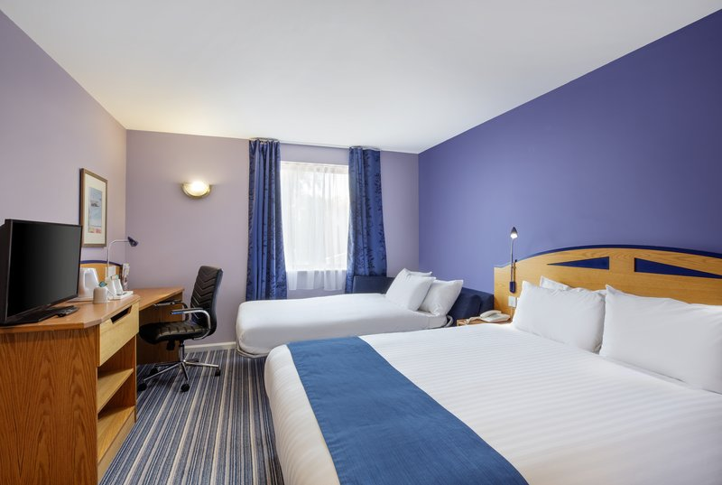 Holiday Inn Express Poole-1 Dbl With Sofa Bed Nonsmoking<br/>Image from Leonardo