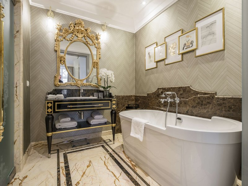 Bachleda Luxury Hotel Krakow-Suite<br/>Image from Leonardo