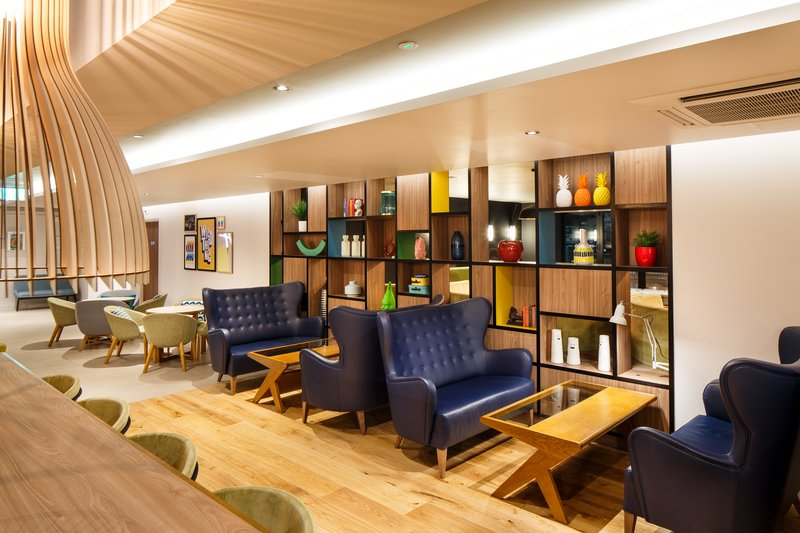 Holiday Inn Brentwood M25, Jct.28-Bar and Lounge<br/>Image from Leonardo