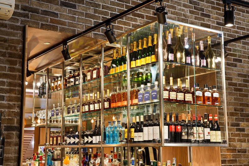 Holiday Inn Brentwood M25, Jct.28-Lobby Bar<br/>Image from Leonardo
