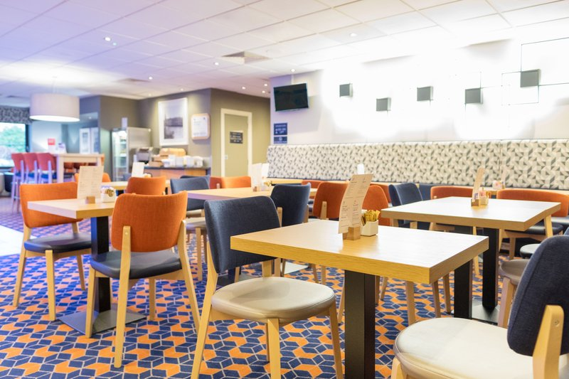 Holiday Inn Express Perth-Great Room<br/>Image from Leonardo