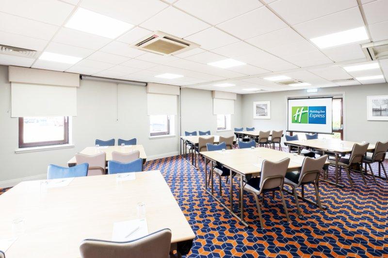 Holiday Inn Express Perth-Invertay Room<br/>Image from Leonardo