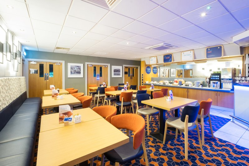 Holiday Inn Express Perth-Great Room Breakfast<br/>Image from Leonardo