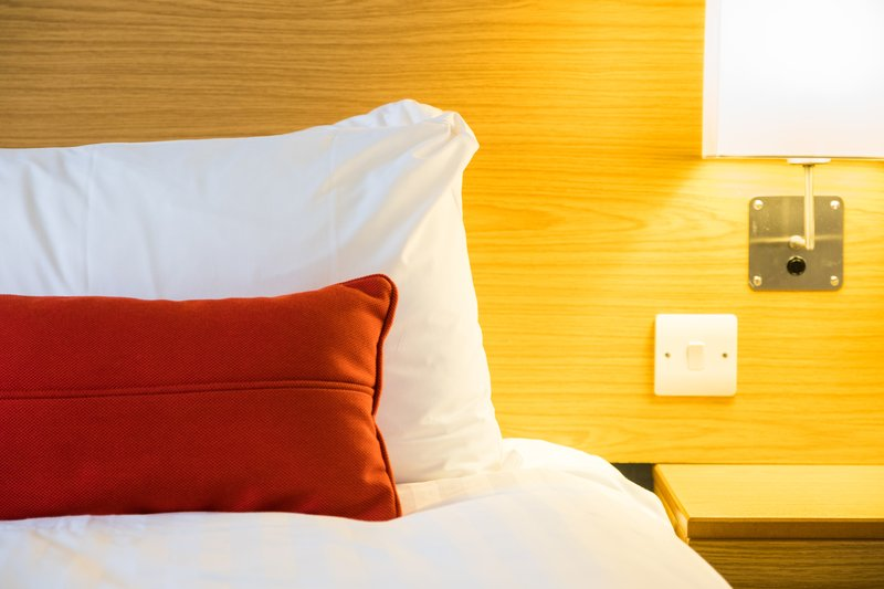 Holiday Inn Express Perth-Guest Room<br/>Image from Leonardo