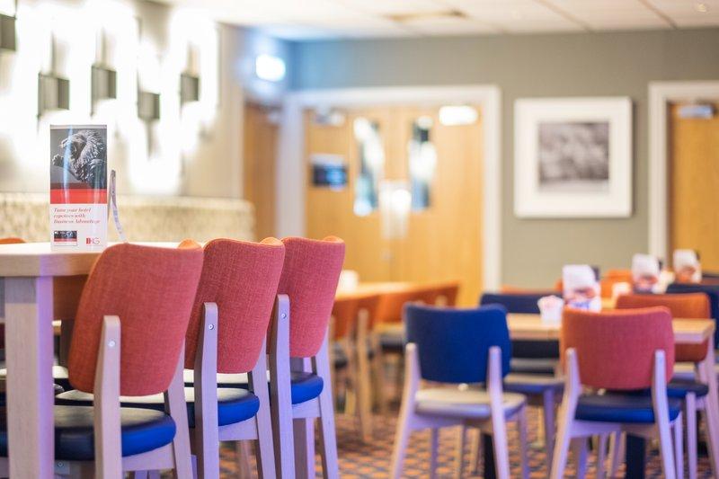 Holiday Inn Express Perth-Lobby Lounge<br/>Image from Leonardo