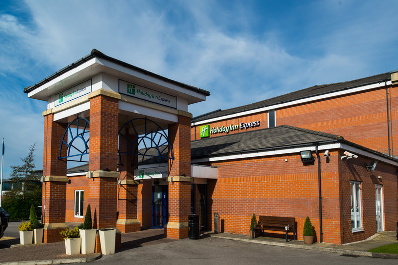 Holiday Inn Express Swansea - East-We're a Manchester hotel that's great value for money<br/>Image from Leonardo