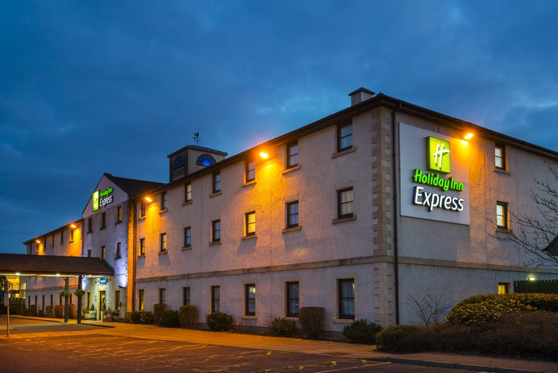 Holiday Inn Express Perth-Hotel is less than 2 miles to city centre with free car parking.<br/>Image from Leonardo