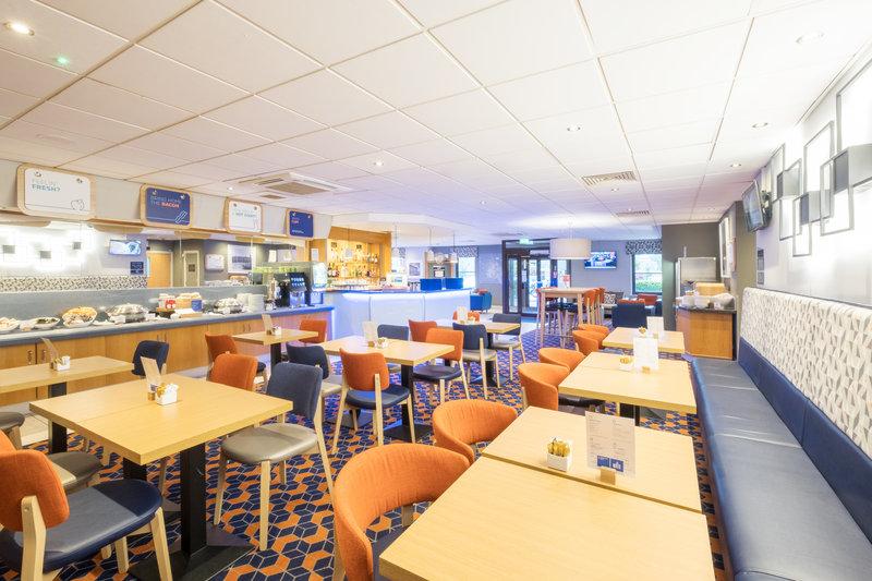 Holiday Inn Express Perth-Breakfast Area<br/>Image from Leonardo