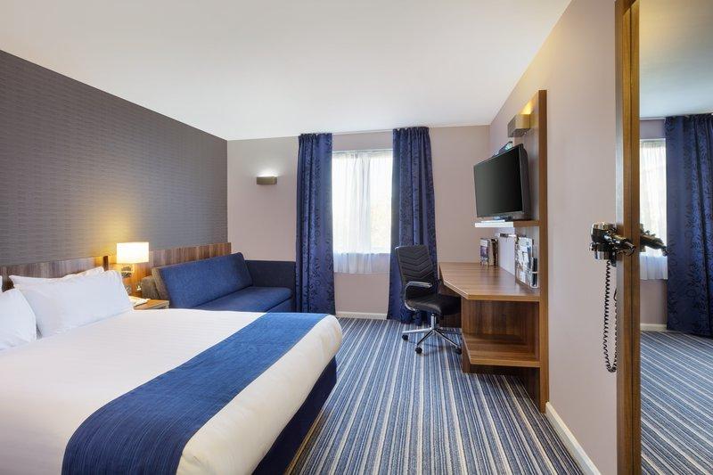 Holiday Inn Express Poole-Superior Room<br/>Image from Leonardo