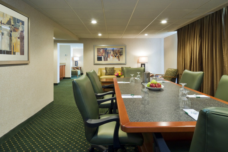 Holiday Inn Hotel & Suites Cincinnati-Eastgate (I-275e)-The Baker Hospitality Suite is the perfect space for your meeting <br/>Image from Leonardo