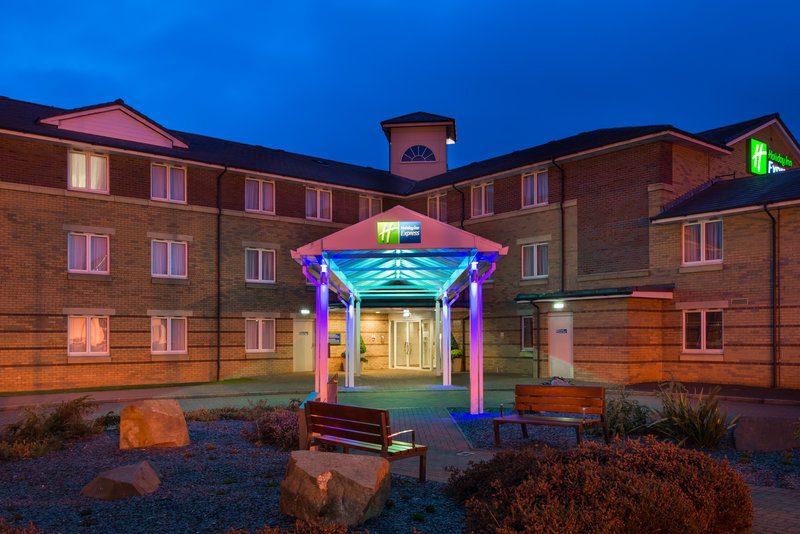 Holiday Inn Express Stirling-Comfortable rooms? Check. Free Wi-Fi? Check<br/>Image from Leonardo