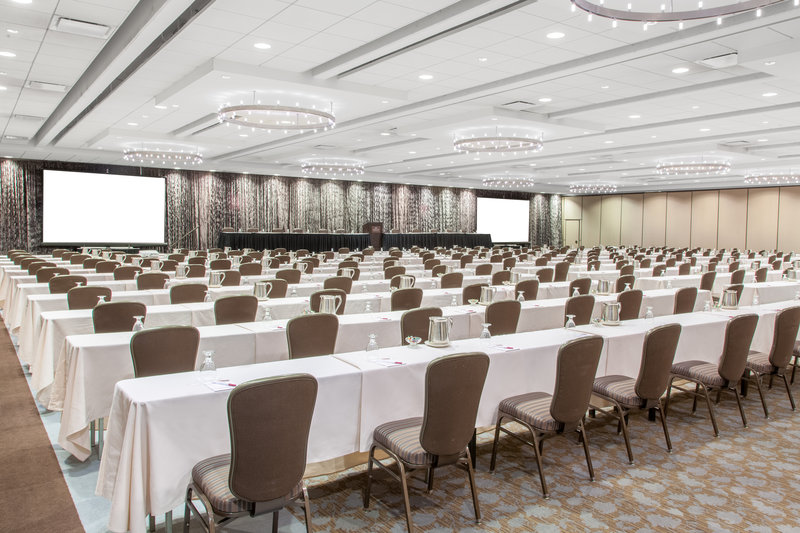 Crowne Plaza Chicago Ohare Hotel & Conference Center-O'Hare III  Classroom 7128 Sq. Ft.<br/>Image from Leonardo
