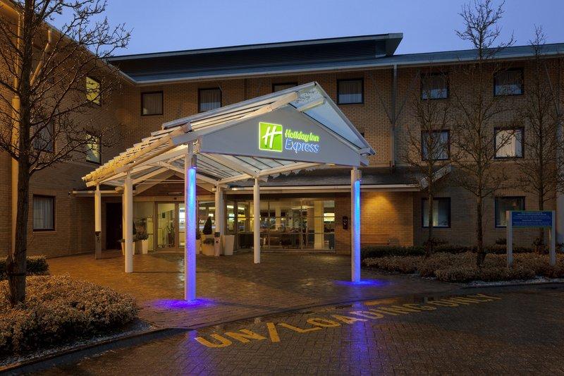 Holiday Inn Express Milton Keynes-Welcome to Holiday Inn Express Milton Keynes<br/>Image from Leonardo