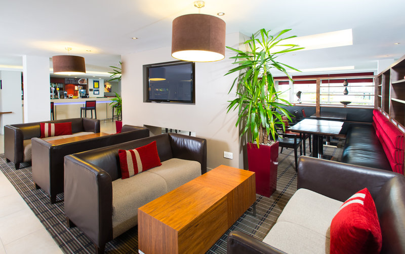 Holiday Inn Express Milton Keynes-Plan your day in Milton Keynes in our comfortable lobby<br/>Image from Leonardo