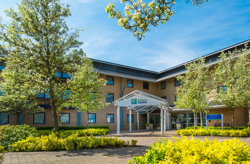 Holiday Inn Express Milton Keynes-Great value accommodation at affordable prices. That's us!<br/>Image from Leonardo