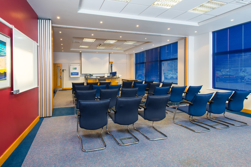 Holiday Inn Express Milton Keynes-Free parking and free wifi is available for our conference guests<br/>Image from Leonardo
