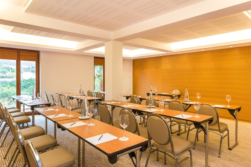 Blue Palace; a Luxury Collection Hotel-Sirocco Meeting Room<br/>Image from Leonardo