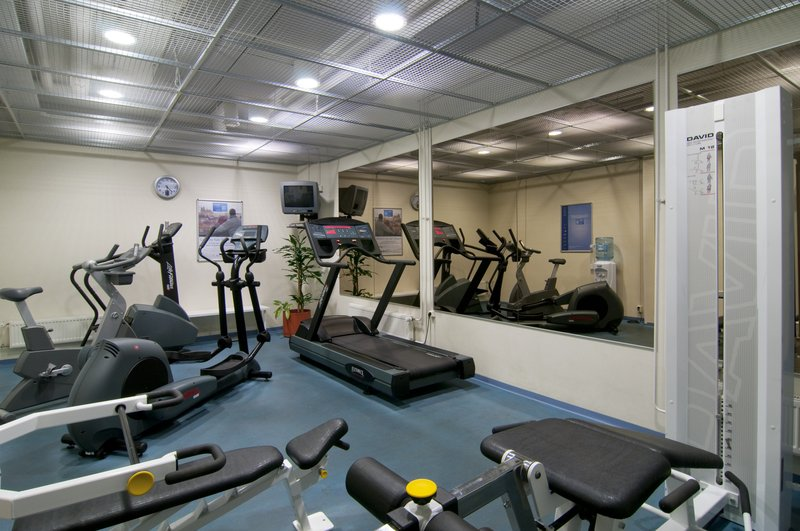 Holiday Inn Helsinki City Centre-The gym is open daily 6 am - 22 pm<br/>Image from Leonardo