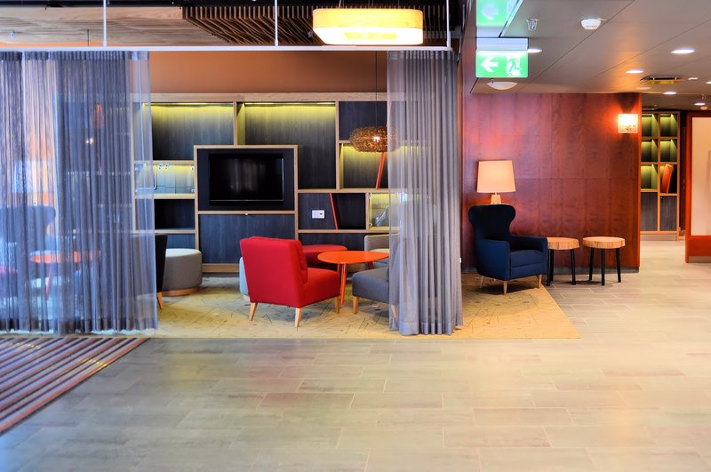Holiday Inn Helsinki City Centre-Simply close curtains and Pop-up Lounge is ready for your event<br/>Image from Leonardo