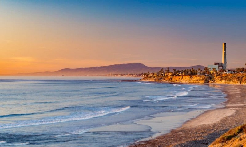 Holiday Inn Express & Suites Carlsbad Beach 4.4/5 | 506 Revi-Beautiful Carlsbad State Beach - Camping, Site Seeing, RV Parking<br/>Image from Leonardo