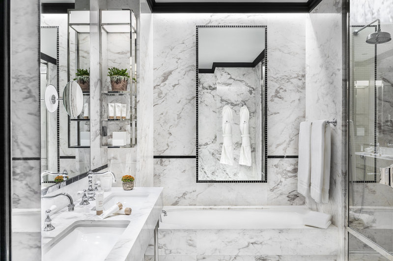 Maison Albar Le Monumental Palace-Suite Insensee Bathroom<br/>Image from Leonardo