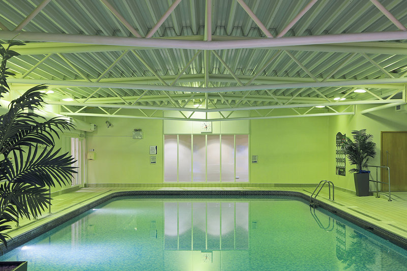 Holiday Inn Guildford-Swimming Pool<br/>Image from Leonardo