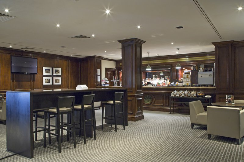 Holiday Inn Guildford-Bar and Lounge<br/>Image from Leonardo