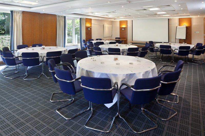 Holiday Inn Guildford-Banquet Room<br/>Image from Leonardo