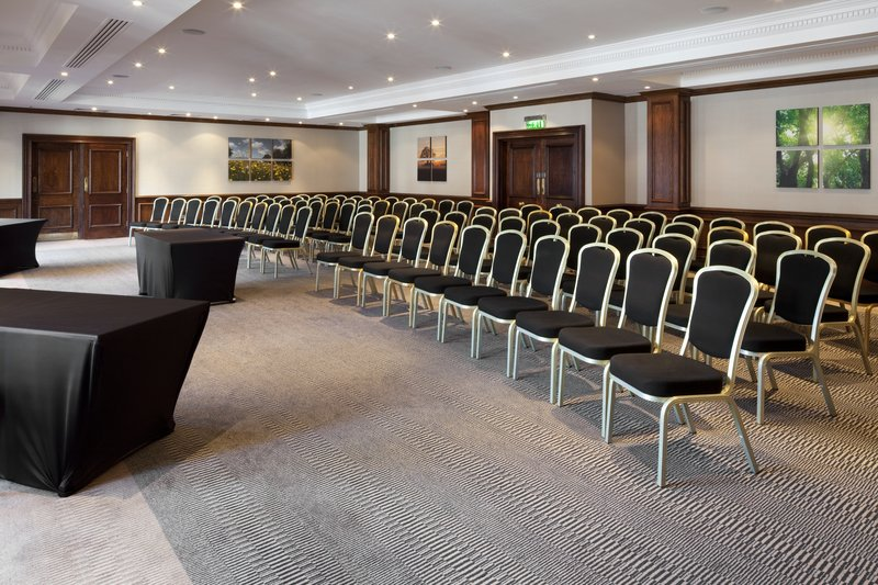 Holiday Inn Guildford-Conference Room<br/>Image from Leonardo
