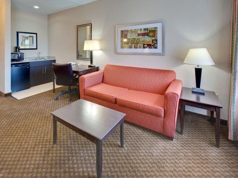 Holiday Inn Express & Suites Pleasant Prairie / Kenosha-King Bed Room at Holiday Inn Express Pleasant Prairie / Kenosha<br/>Image from Leonardo