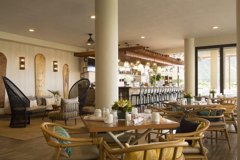 Queen Kapiolani Hotel - Deck Restaurant <br/>Image from Leonardo