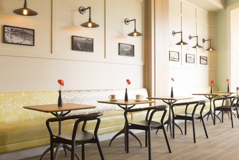 Queen Kapiolani Hotel - Knots Coffee Roasters <br/>Image from Leonardo