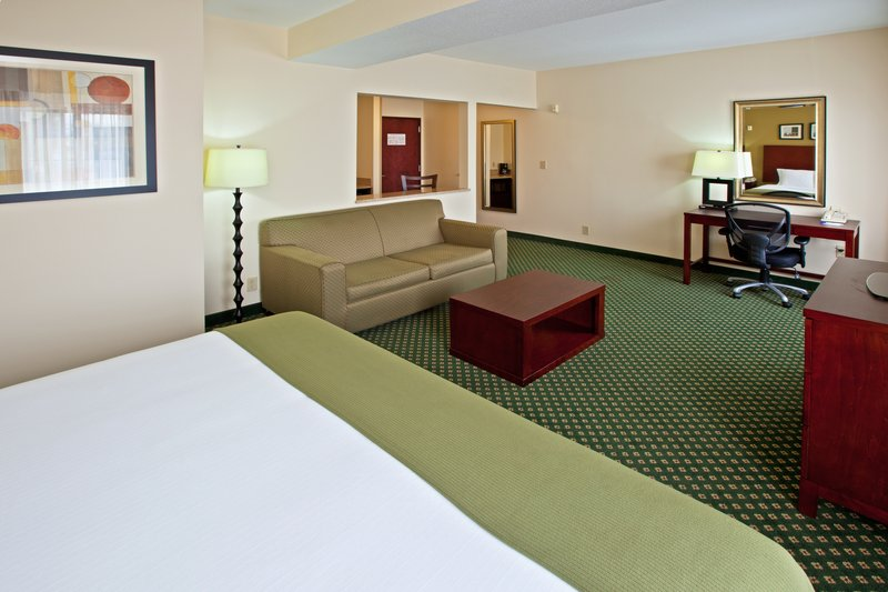 Holiday Inn Express & Suites Indianapolis - East-King Bed Guest Room<br/>Image from Leonardo