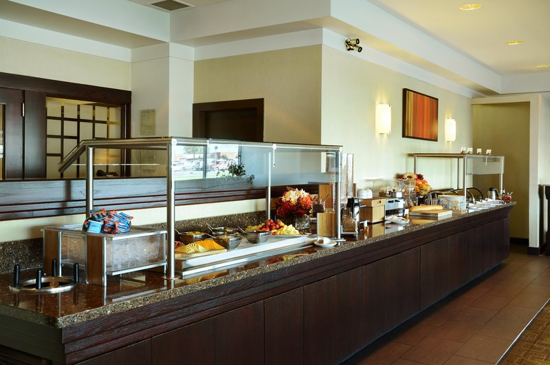 Hilton Winnipeg Airport Suites-Dining Breakfast Area<br/>Image from Leonardo