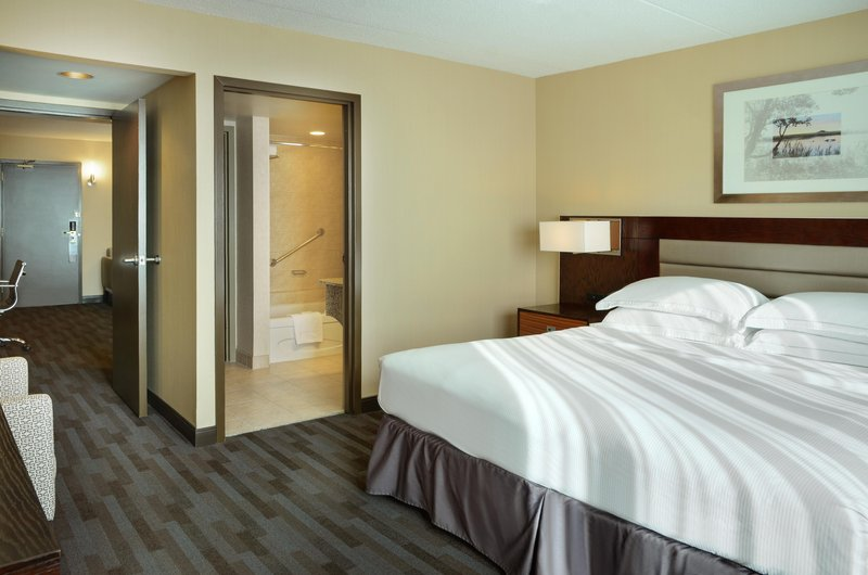 Hilton Winnipeg Airport Suites-King Suite Alt Image<br/>Image from Leonardo