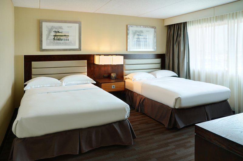 Hilton Winnipeg Airport Suites-2 Double Bed Suite<br/>Image from Leonardo