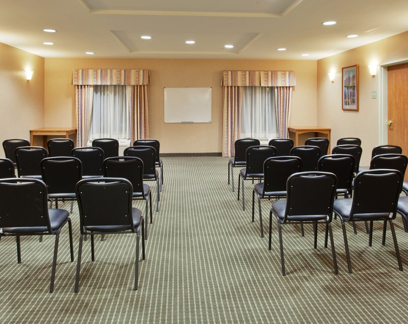 Holiday Inn Express & Suites Carson City-Meeting Room<br/>Image from Leonardo
