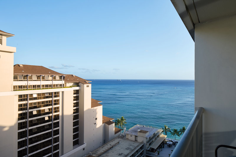 Outrigger Reef Waikiki Beach Resort - Outrigger Reef Waikiki Partialoceanview View <br/>Image from Leonardo