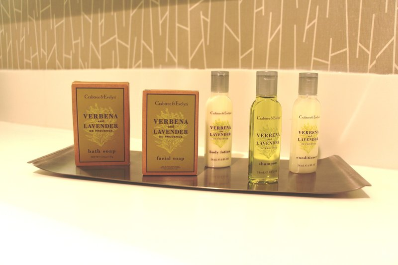 DoubleTree by Hilton Hotel Fresno Convention Center-Bath Amenities<br/>Image from Leonardo