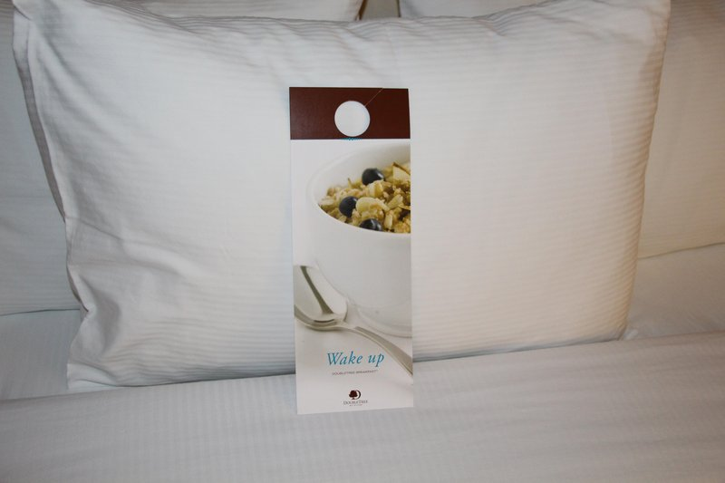 DoubleTree by Hilton Hotel Fresno Convention Center-Hilton Wake Breakfast<br/>Image from Leonardo
