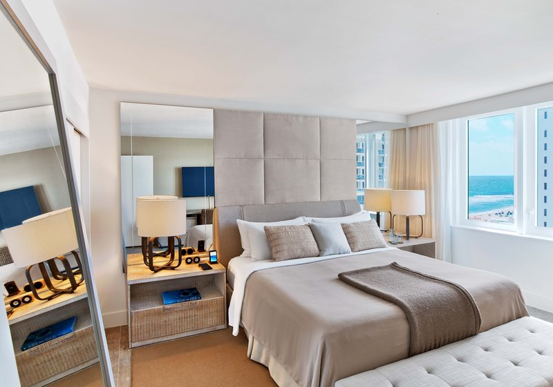 1 Hotel South Beach-1-Bedroom Home Ocean View Balcony (1HOVB) bed<br/>Image from Leonardo
