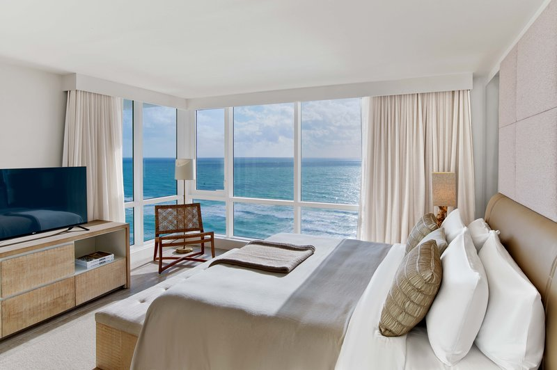 1 Hotel South Beach-3-Bedroom Home Ocean View Balcony (3HOVB) bed<br/>Image from Leonardo